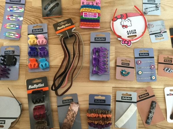 Luckily we have an assortment of unique, vintage-inspired hair accessories for women that help tame your mane and can complete any ensemble. A hair fixture can neatly push your hair back and blend bohemian chic and elegant styles. Browse through our headbands, bobbies, clips, and more to find that little detail you're looking for.