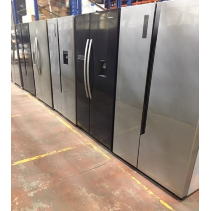 Hisense American SBS Fridges - Customer Returns